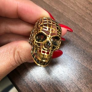 Urban Outfitters Jewelry - Han Cholo Gold Skull Ring ❤️